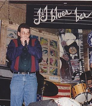 Dave Jeffery onstage 1995